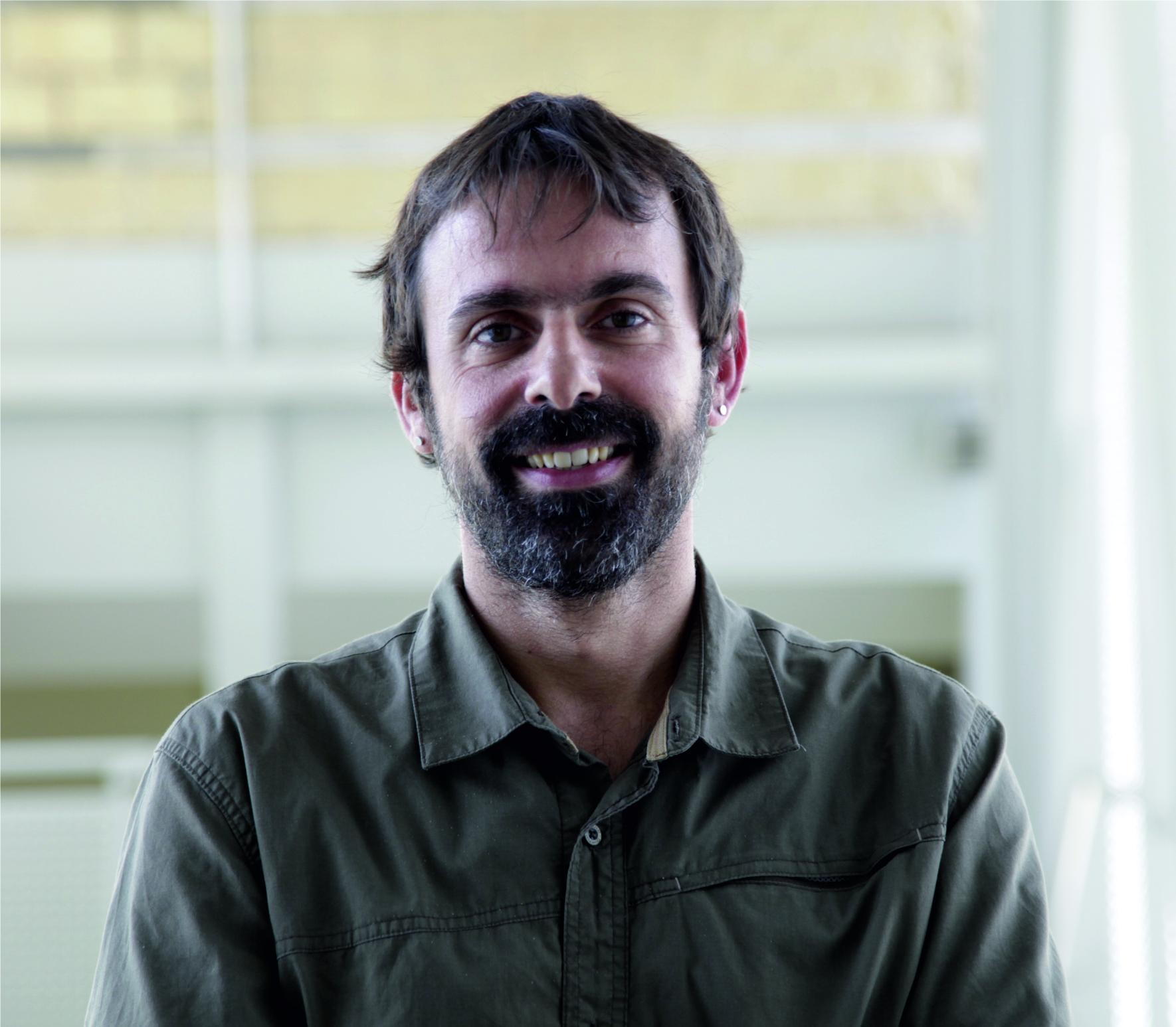 Dr. Juan F. Galisteo-López